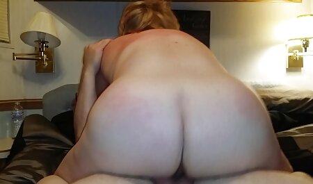 La instructora videos porno idioma latino le arrancó los pantalones de chándal a una joven deportista y se metió en su vagina